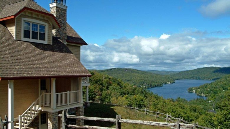 """Cap Tremblant Exterior. Images powered by <a href=""""http://web.iceportal.com"""" target=""""_blank"""" rel=""""noopener"""">Ice Portal</a>."""