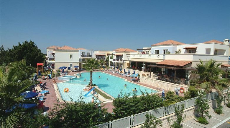 """Aegean Houses Pool. Images powered by <a href=""""http://web.iceportal.com"""" target=""""_blank"""" rel=""""noopener"""">Ice Portal</a>."""