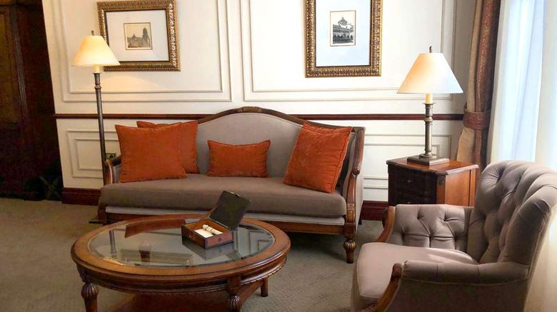 """Hotel Plaza Grande Room. Images powered by <a href=""""http://web.iceportal.com"""" target=""""_blank"""" rel=""""noopener"""">Ice Portal</a>."""