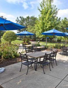 Hilton Chicago/Oak Brook Hills Resort