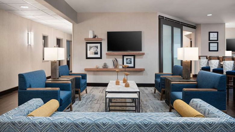 """Hampton Inn Boulder/Louisville Lobby. Images powered by <a href=""""http://web.iceportal.com"""" target=""""_blank"""" rel=""""noopener"""">Ice Portal</a>."""