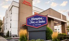 Hampton Inn & Suites Seattle Center