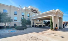 Hampton Inn & Suites Fossil Creek