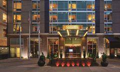 Hilton New York Fashion District Hotel