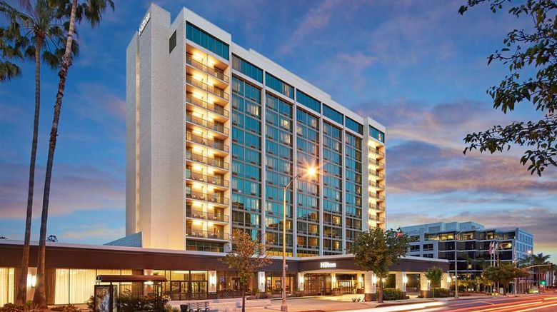 """Hilton Pasadena Exterior. Images powered by <a href=""""http://web.iceportal.com"""" target=""""_blank"""" rel=""""noopener"""">Ice Portal</a>."""