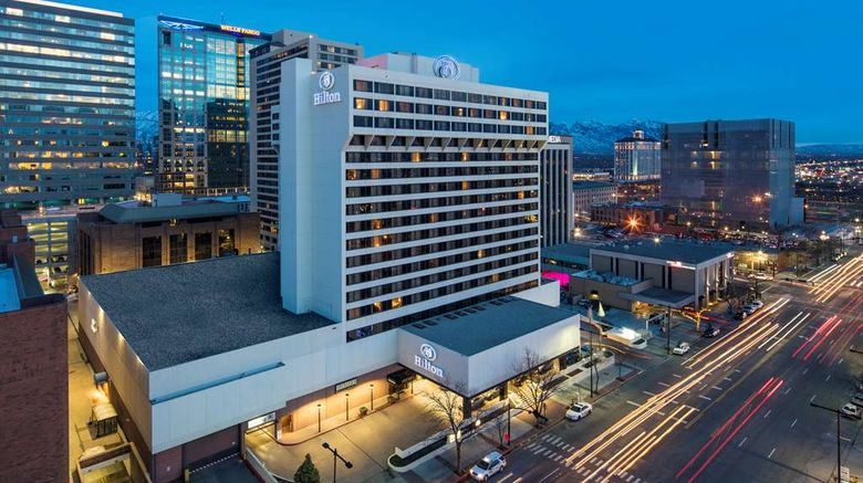 """Hilton Salt Lake City Center Exterior. Images powered by <a href=""""http://web.iceportal.com"""" target=""""_blank"""" rel=""""noopener"""">Ice Portal</a>."""