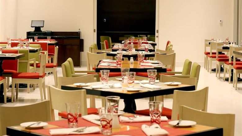 """<b>Cinnamon Red Colombo Restaurant</b>. Images powered by <a href=""""https://iceportal.shijigroup.com/"""" title=""""IcePortal"""" target=""""_blank"""">IcePortal</a>."""