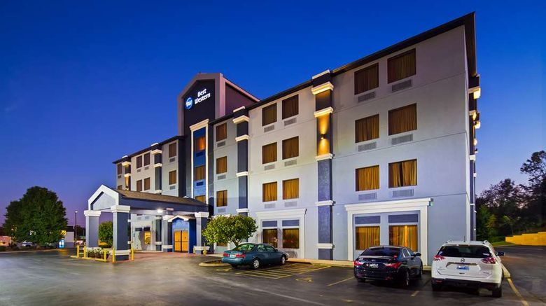 """Best Western Somerset Exterior. Images powered by <a href=""""http://web.iceportal.com"""" target=""""_blank"""" rel=""""noopener"""">Ice Portal</a>."""