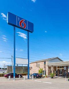 Motel 6 Ft. Worth Convention Center
