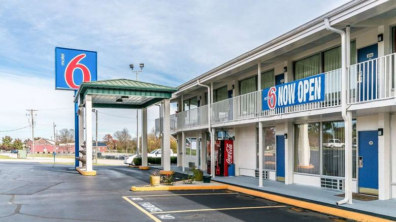 """Motel 6 Somerset Exterior. Images powered by <a href=""""http://web.iceportal.com"""" target=""""_blank"""" rel=""""noopener"""">Ice Portal</a>."""