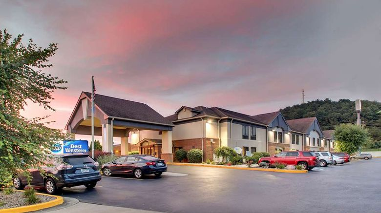 """Best Western Eagles Inn Exterior. Images powered by <a href=""""http://web.iceportal.com"""" target=""""_blank"""" rel=""""noopener"""">Ice Portal</a>."""
