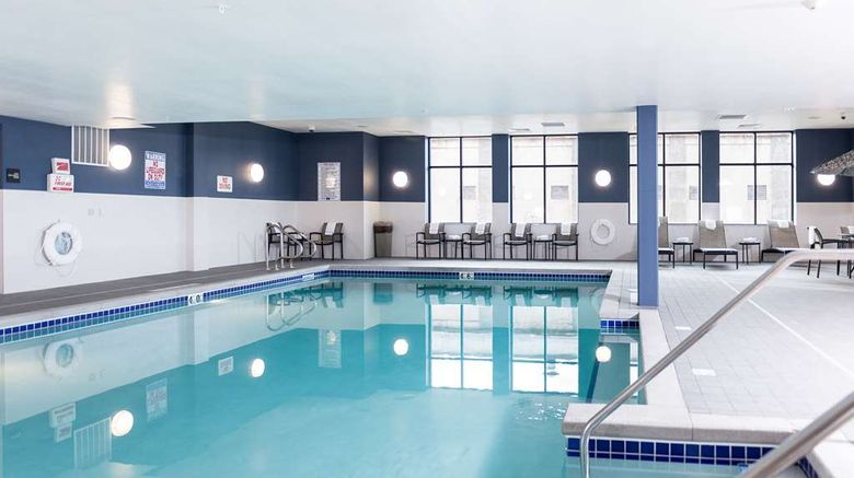 """<b>Hampton Inn & Suites La Crosse Downtown Pool</b>. Images powered by <a href=""""https://iceportal.shijigroup.com/"""" title=""""IcePortal"""" target=""""_blank"""">IcePortal</a>."""