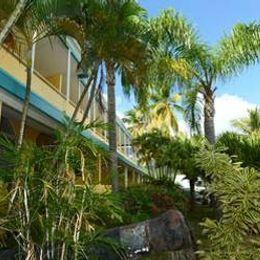 Lindbergh Bay Hotel and Villas