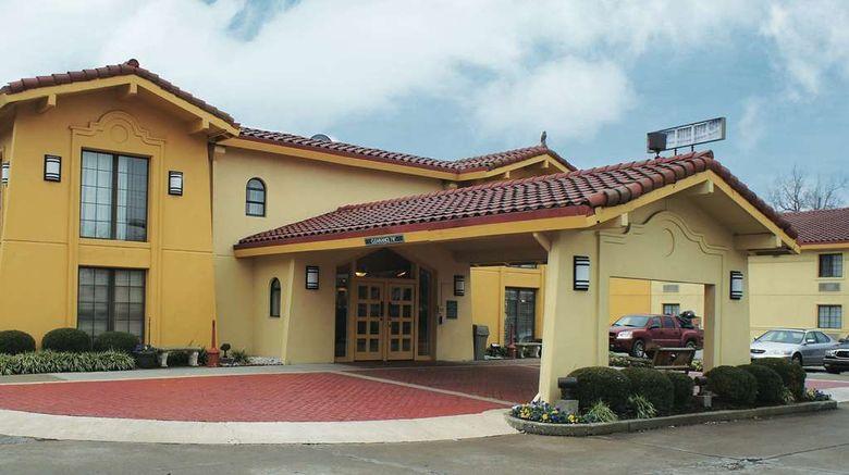 "La Quinta Inn Lexington Exterior. Images powered by <a href=""http://web.iceportal.com"" target=""_blank"" rel=""noopener"">Ice Portal</a>."