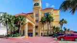 La Quinta Inn & Stes S Padre Isl Resort Exterior