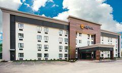 La Quinta Inn & Suites Cincinnati NE