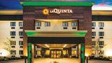La Quinta Inn & Suites Cincinnati NE Exterior