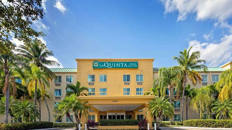 """La Quinta Inn Sunrise/Sawgrass Mills Exterior. Images powered by <a href=""""http://web.iceportal.com"""" target=""""_blank"""" rel=""""noopener"""">Ice Portal</a>."""