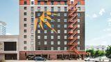 La Quinta Inn & Suites Dallas Downtown Exterior