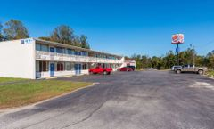 Motel 6 Connelly Springs