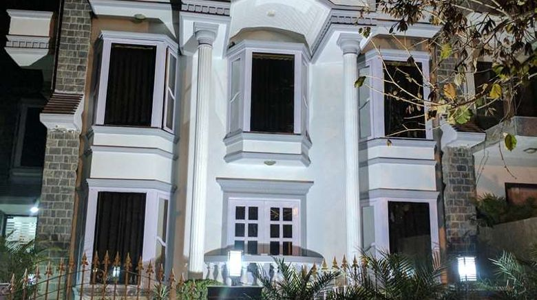 """Windsor Castle, Gurgaon Exterior. Images powered by <a href=""""http://web.iceportal.com"""" target=""""_blank"""" rel=""""noopener"""">Ice Portal</a>."""