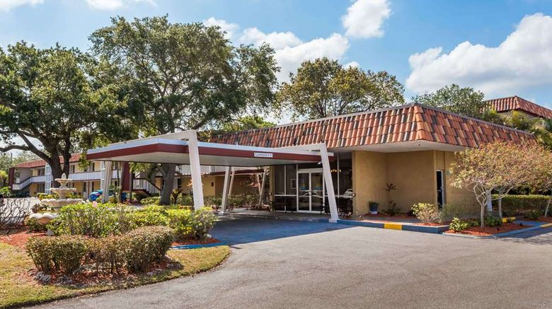 """Baymont Inn  and  Suites Sarasota Exterior. Images powered by <a href=""""http://web.iceportal.com"""" target=""""_blank"""" rel=""""noopener"""">Ice Portal</a>."""
