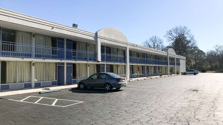 """Motel 6 Yemassee Exterior. Images powered by <a href=""""http://web.iceportal.com"""" target=""""_blank"""" rel=""""noopener"""">Ice Portal</a>."""