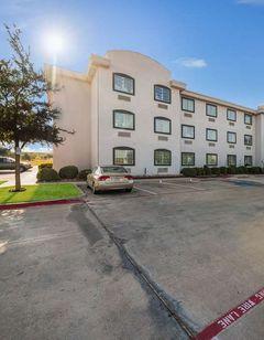 Motel 6 Decatur, TX