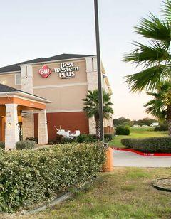 Best Western Plus Luling Inn