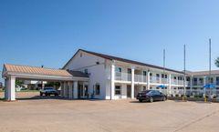 Motel 6 Bryan