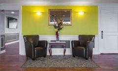 Quality Hotel & Suites Oakville