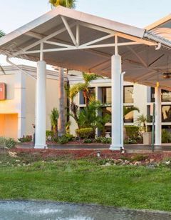 Clarion Hotel Orlando International Arpt