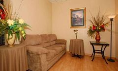 Econo Lodge Inn & Suite Waterloo