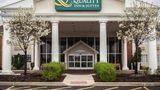 Quality Inn & Suites St Charles Exterior