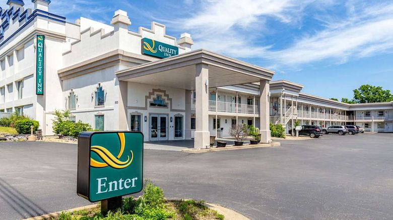 """Quality Inn Branson Exterior. Images powered by <a href=""""http://web.iceportal.com"""" target=""""_blank"""" rel=""""noopener"""">Ice Portal</a>."""