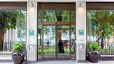 Comfort Hotel Borsparken Exterior
