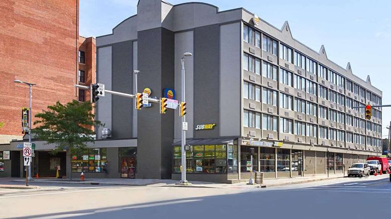 """Comfort Inn Downtown Exterior. Images powered by <a href=""""http://web.iceportal.com"""" target=""""_blank"""" rel=""""noopener"""">Ice Portal</a>."""