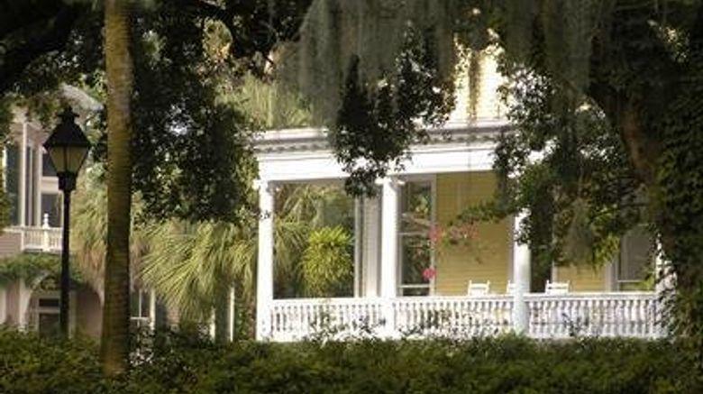 """Forsyth Park Inn Exterior. Images powered by <a href=""""http://www.leonardo.com"""" target=""""_blank"""" rel=""""noopener"""">Leonardo</a>."""