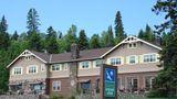 Cascade Lodge Exterior