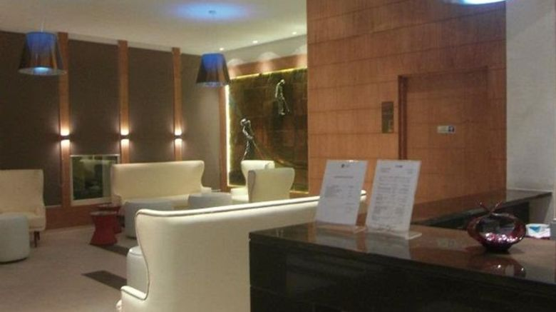 "Golf Royal Hotel Lobby. Images powered by <a href=""http://www.leonardo.com"" target=""_blank"" rel=""noopener"">Leonardo</a>."