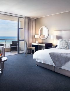 Lagoon Beach Hotel & Apartments