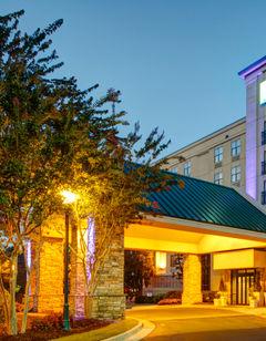 Holiday Inn Express & Stes Buckhead