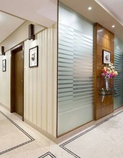 Grand Residency Hotel & Serviced Apts
