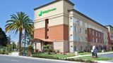 Holiday Inn Hotel & Suites Exterior