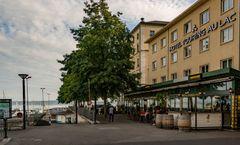 Touring au Lac Hotel