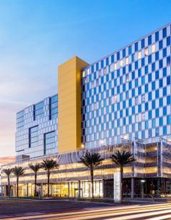 SpringHill Suites San Diego Downtown