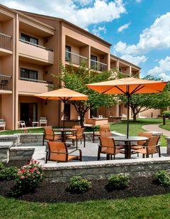 Courtyard Philadelphia Willow Grove