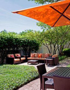 Courtyard Chicago Elmhurst/Oakbrook Area
