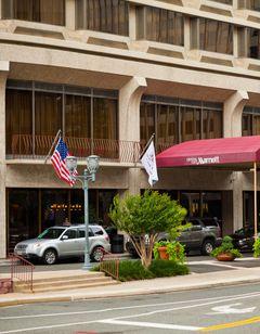 Crystal City Marriott at Reagan National