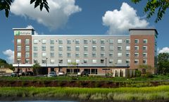 Holiday Inn Boston Logan Airport-Chelsea